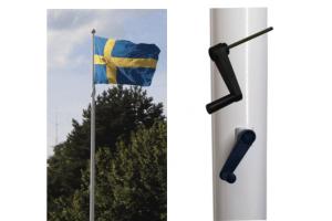 Flaggstång med invändig linföring, knape eller vevsystem
